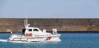 guardia costiera divieto di pesca del riccio